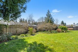 Photo 9: 2195 Bolt Ave in : CV Comox (Town of) House for sale (Comox Valley)  : MLS®# 871807