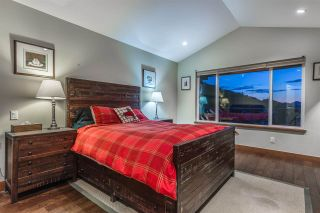 Photo 13: 927 THISTLE PLACE in Squamish: Britannia Beach House for sale : MLS®# R2214646