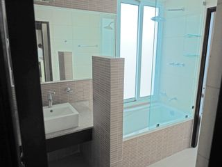 Photo 9: Playa Blanca Penthouse Only $199,900