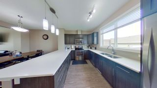 Photo 9: 2829 MAPLE Way in Edmonton: Zone 30 Attached Home for sale : MLS®# E4264154