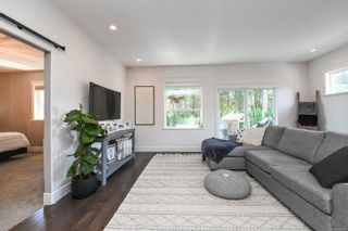 Photo 6: 1595 Baillie Rd in : CV Comox Peninsula House for sale (Comox Valley)  : MLS®# 878348