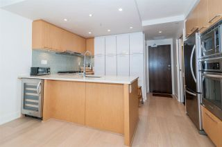 Photo 5: 426 2008 PINE Street in Vancouver: False Creek Condo for sale (Vancouver West)  : MLS®# R2560349