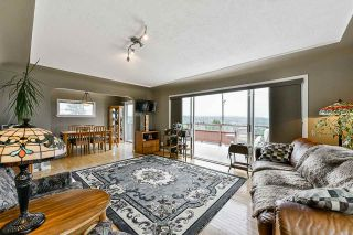 """Photo 5: 836 CHERRY Street in New Westminster: The Heights NW House for sale in """"Victory Heights"""" : MLS®# R2470973"""