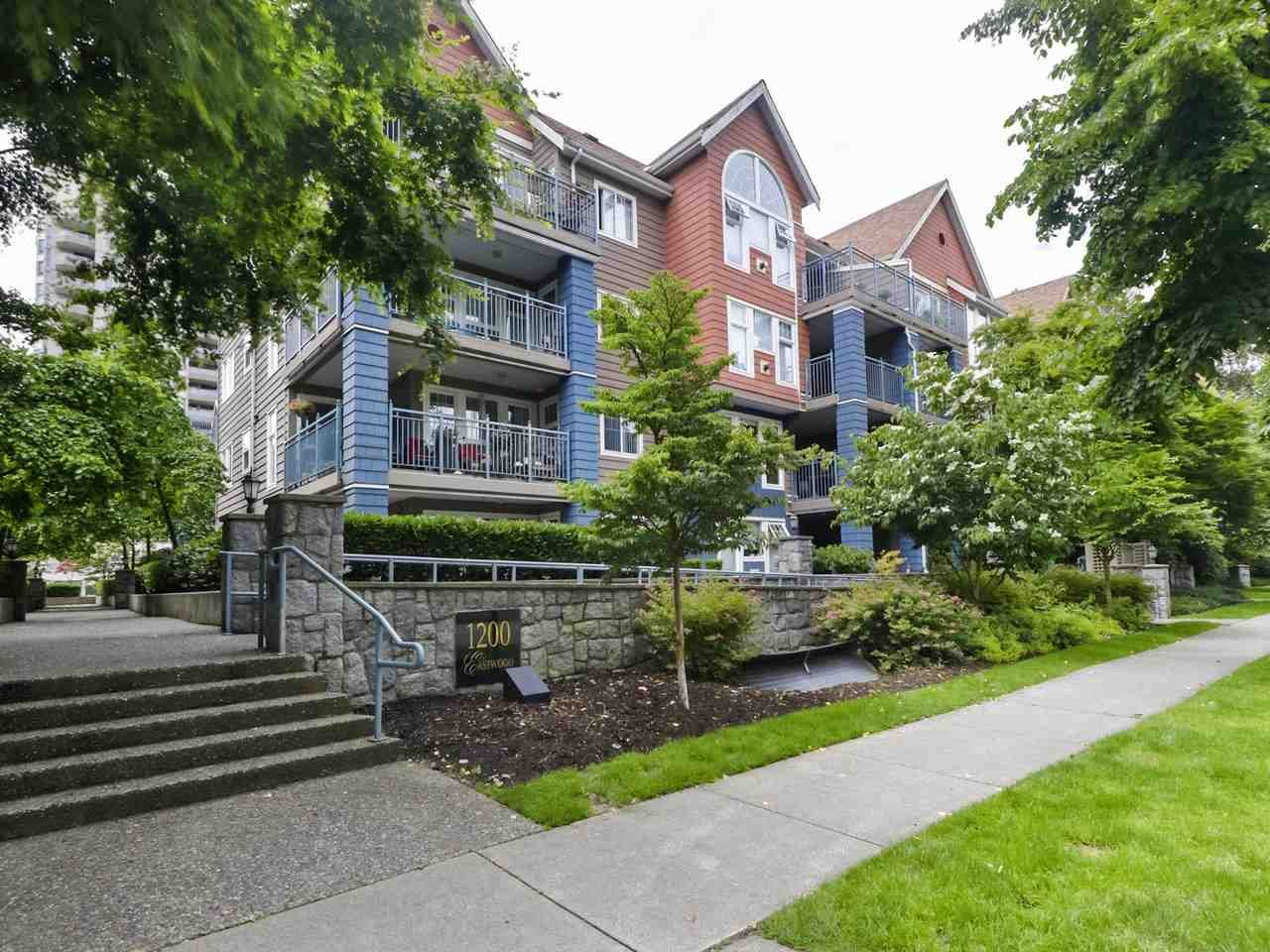 """Main Photo: 108 1200 EASTWOOD Street in Coquitlam: North Coquitlam Condo for sale in """"LAKESIDE TERRACE"""" : MLS®# R2466564"""