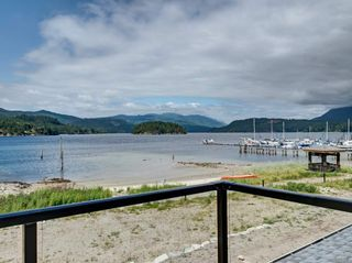 "Photo 14: 5967 BEACHGATE Lane in Sechelt: Sechelt District Townhouse for sale in ""Edgewater at Porpoise Bay"" (Sunshine Coast)  : MLS®# R2272900"