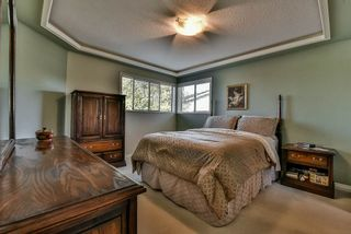 Photo 14: 15120 SPENSER Court in Surrey: Bear Creek Green Timbers House for sale : MLS®# R2130715