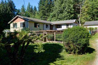 Photo 5: 5761 MCLAUGHAN Road in Sechelt: Sechelt District House for sale (Sunshine Coast)  : MLS®# R2479077