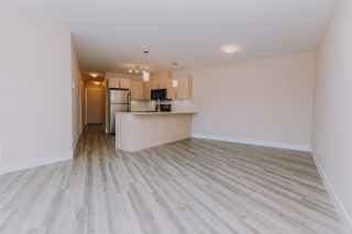 """Photo 15: 424 2565 CAMPBELL Avenue in Abbotsford: Central Abbotsford Condo for sale in """"ABACUS UPTOWN"""" : MLS®# R2381899"""