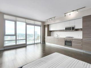 "Photo 2: 2608 2008 ROSSER Avenue in Burnaby: Brentwood Park Condo for sale in ""SOLO District"" (Burnaby North)  : MLS®# R2528471"