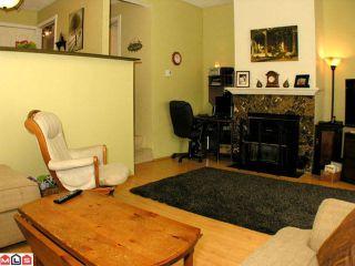 "Photo 3: 159 3455 WRIGHT Street in Abbotsford: Matsqui Townhouse for sale in ""Laburnum Mews"""