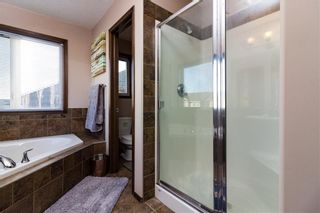 Photo 17: 30 WEST POINTE Manor: Cochrane House for sale : MLS®# C4150247