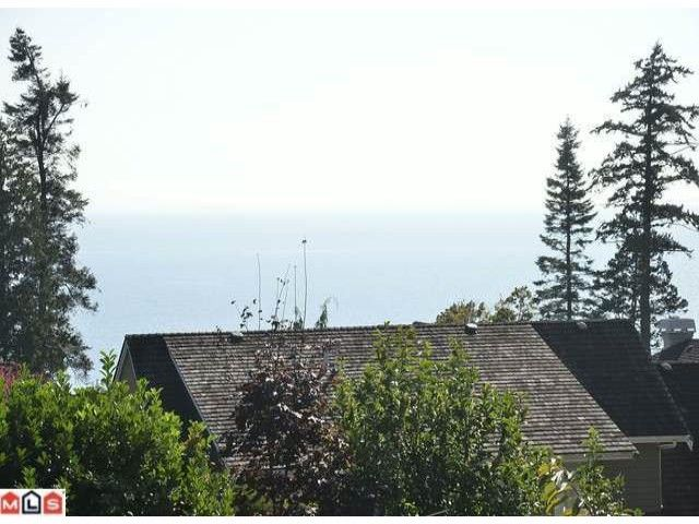 Main Photo: 13526 MARINE DR in Surrey: Crescent Bch Ocean Pk. Land for sale (South Surrey White Rock)  : MLS®# F1223975