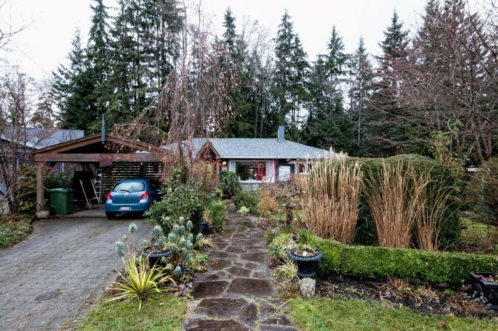 Main Photo: 1548 East 27TH Street in North Vancouver: Westlynn House for sale : MLS®# V1103317