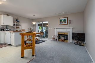Photo 5: 2201 Bolt Ave in : CV Comox (Town of) House for sale (Comox Valley)  : MLS®# 885528