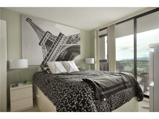 """Photo 5: 1505 155 W 1 Street in North Vancouver: Lower Lonsdale Condo for sale in """"TIME"""" : MLS®# V891188"""