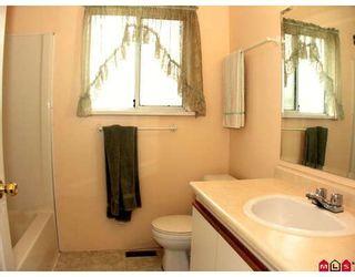 "Photo 7: 34694 5TH Avenue in Abbotsford: Poplar House for sale in ""HUNTINGDON VILLAGE"" : MLS®# F2909890"