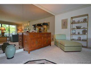 Photo 8: 302 1370 Beach Dr in VICTORIA: OB South Oak Bay Condo for sale (Oak Bay)  : MLS®# 614239