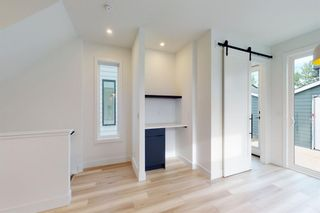 Photo 14: 2420 53 Avenue SW in Calgary: North Glenmore Park Detached for sale : MLS®# A1142922