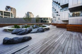 "Photo 21: 5601 1480 HOWE Street in Vancouver: Yaletown Condo for sale in ""VANCOUVER HOUSE"" (Vancouver West)  : MLS®# R2531161"