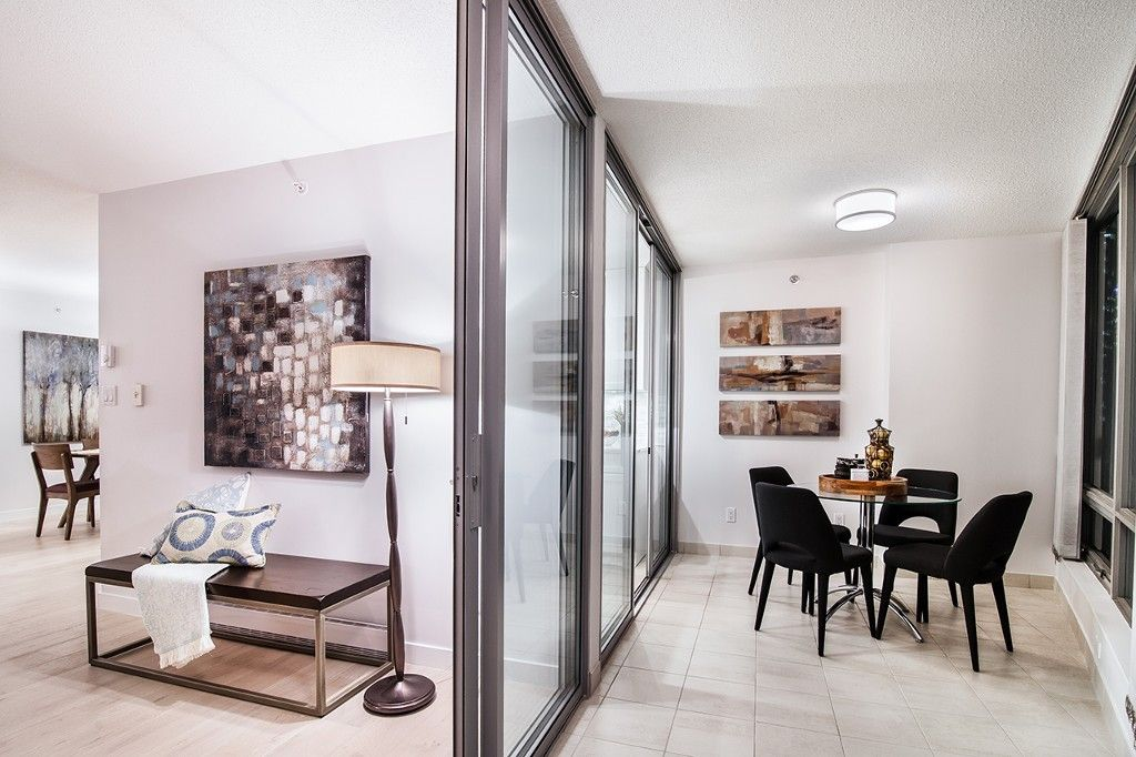 """Photo 10: Photos: 1901 837 W HASTINGS Street in Vancouver: Downtown VW Condo for sale in """"TERMINAL CITY CLUB"""" (Vancouver West)  : MLS®# R2134243"""