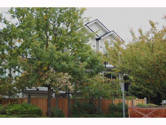 "Main Photo: 105 633 W 16TH Avenue in Vancouver: Fairview VW Condo for sale in ""BIRCHVIEW TERRACE"" (Vancouver West)  : MLS®# V792369"