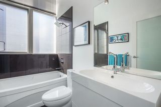 "Photo 14: 403 1199 SEYMOUR Street in Vancouver: Downtown VW Condo for sale in ""BRAVA"" (Vancouver West)  : MLS®# R2231945"