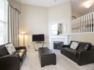 Photo 2: 47 19034 MCMYN ROAD in Pitt Meadows: Mid Meadows Townhouse for sale : MLS®# R2100043