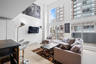 """Photo 2: 420 933 SEYMOUR Street in Vancouver: Downtown VW Condo for sale in """"The Spot"""" (Vancouver West)  : MLS®# R2624826"""