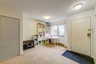 """Photo 6: 9118 CENTAURUS Circle in Burnaby: Simon Fraser Hills Townhouse for sale in """"Chalet Court"""" (Burnaby North)  : MLS®# R2464006"""
