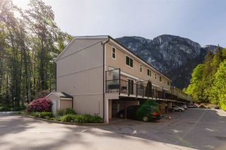"""Photo 28: 17 10000 VALLEY Drive in Squamish: Valleycliffe Townhouse for sale in """"VALLEY VIEW PLACE"""" : MLS®# R2580745"""