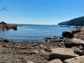 Photo 8: 586 BAKERVIEW Drive: Mayne Island House for sale (Islands-Van. & Gulf)  : MLS®# R2529292