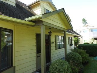 Photo 3: 5219 WALNUT Place in Delta: Hawthorne House for sale (Ladner)  : MLS®# R2408540