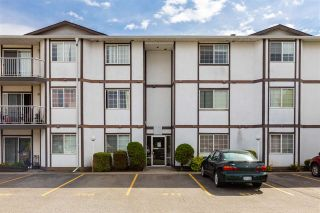 "Photo 1: 320 45669 MCINTOSH Drive in Chilliwack: Chilliwack W Young-Well Condo for sale in ""MCINTOSH VILLAGE"" : MLS®# R2453745"