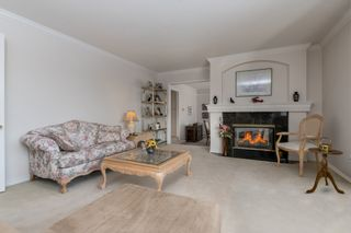 """Photo 5: 4391 MAHON Avenue in Burnaby: Deer Lake Place House for sale in """"DEER LAKE PLACE"""" (Burnaby South)  : MLS®# R2429871"""