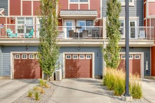 Photo 2: 10 Marquis Lane SE in Calgary: Mahogany Row/Townhouse for sale : MLS®# A1142989
