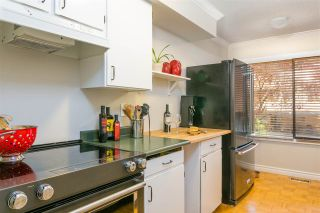 """Photo 5: 203 CARDIFF Way in Port Moody: College Park PM Townhouse for sale in """"Easthill"""" : MLS®# R2380723"""