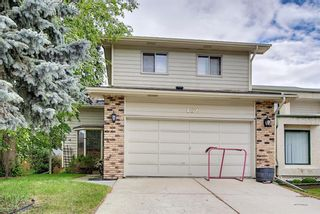Main Photo: 452 Woodglen Place SW in Calgary: Woodbine Detached for sale : MLS®# A1116813