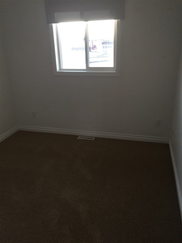 Photo 5: Photos: 8306 87 Street in Fort St. John: Fort St. John - City SE 1/2 Duplex for sale (Fort St. John (Zone 60))  : MLS®# R2442549