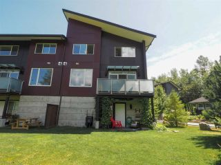 """Photo 25: 1 41488 BRENNAN Road in Squamish: Brackendale Townhouse for sale in """"Rivendale"""" : MLS®# R2485406"""