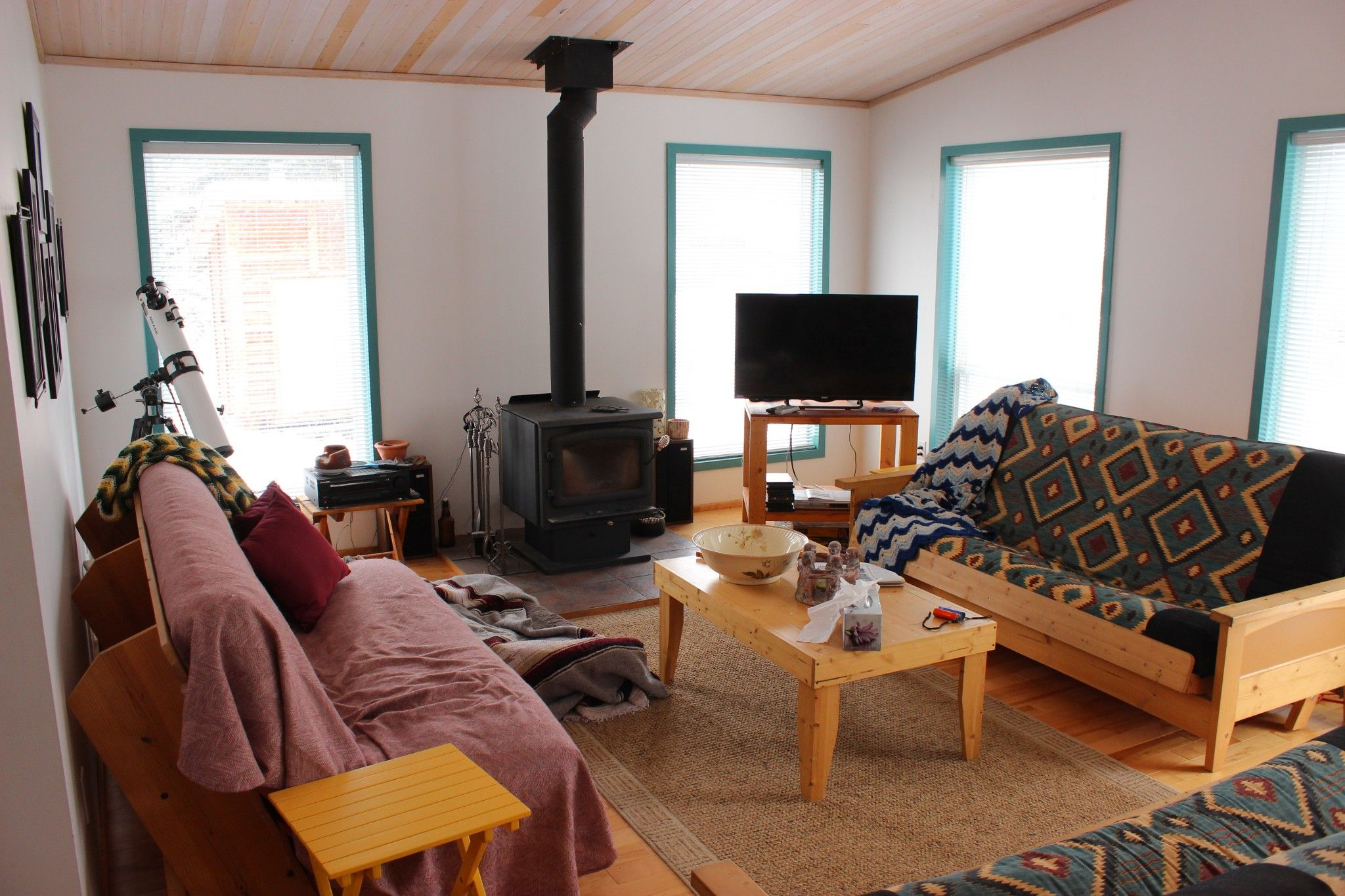 Photo 3: Photos: 4789 Atwater Road in : Logan Lake House for sale (Kamloops)  : MLS®# 157075