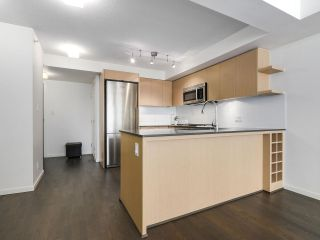 """Photo 7: 1316 7988 ACKROYD Road in Richmond: Brighouse Condo for sale in """"QUINTET"""" : MLS®# R2159738"""