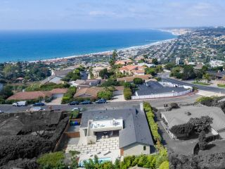 Photo 11: LA JOLLA House for sale : 4 bedrooms : 2345 Via Siena