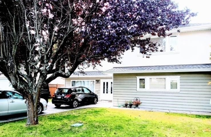 Main Photo: 10591 ROSECROFT Crescent in Richmond: South Arm House for sale : MLS®# R2579358