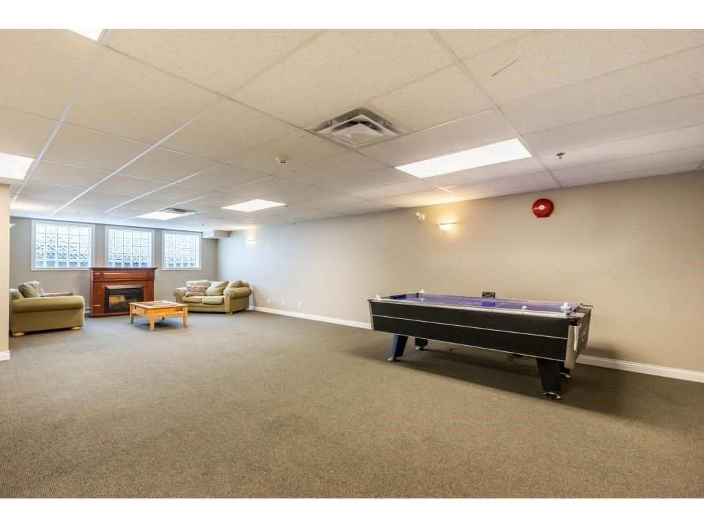 """Photo 24: Photos: 206 19774 56 Avenue in Langley: Langley City Condo for sale in """"Madison Station"""" : MLS®# R2582566"""