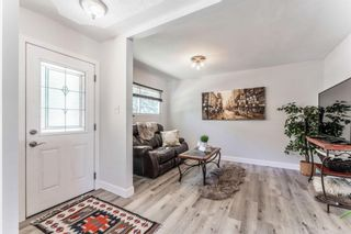 Photo 10: 21 WHITE OAK Crescent SW in Calgary: Wildwood Detached for sale : MLS®# A1026011