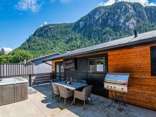 Photo 9: 38327 FIR Street in Squamish: Valleycliffe House for sale : MLS®# R2603553
