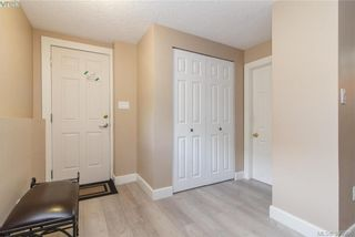Photo 17: 860 Beckwith Ave in VICTORIA: SE Lake Hill House for sale (Saanich East)  : MLS®# 797907