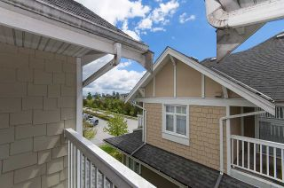"""Photo 14: 61 7388 MACPHERSON Avenue in Burnaby: Metrotown Townhouse for sale in """"ACACIA GARDENS"""" (Burnaby South)  : MLS®# R2166985"""