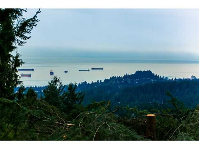 Main Photo: 4441 PROSPECT Road in North Vancouver: Upper Delbrook House for sale : MLS®# V990003