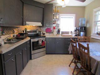 Photo 5: 9619 99 Avenue: Fort St. John - City SE House for sale (Fort St. John (Zone 60))  : MLS®# R2095506